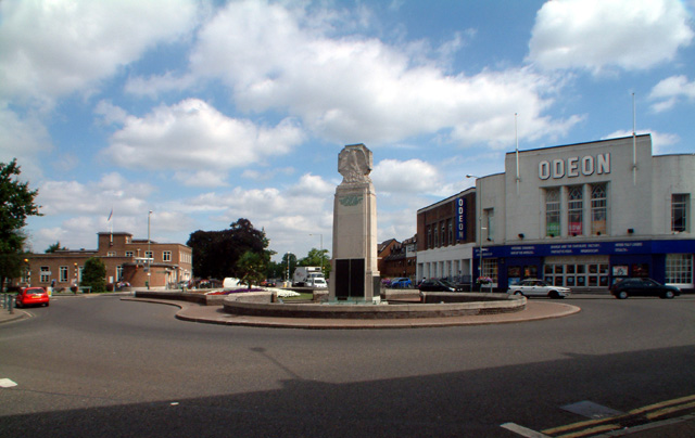 Beckenham War Memorial - geograph.org.uk - 35267