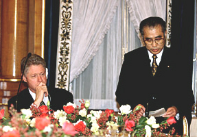 with Bill Clinton (at the Prime Minister's Official Residence on November 19, 1998) Bill Clinton and Keizo Obuchi.jpg