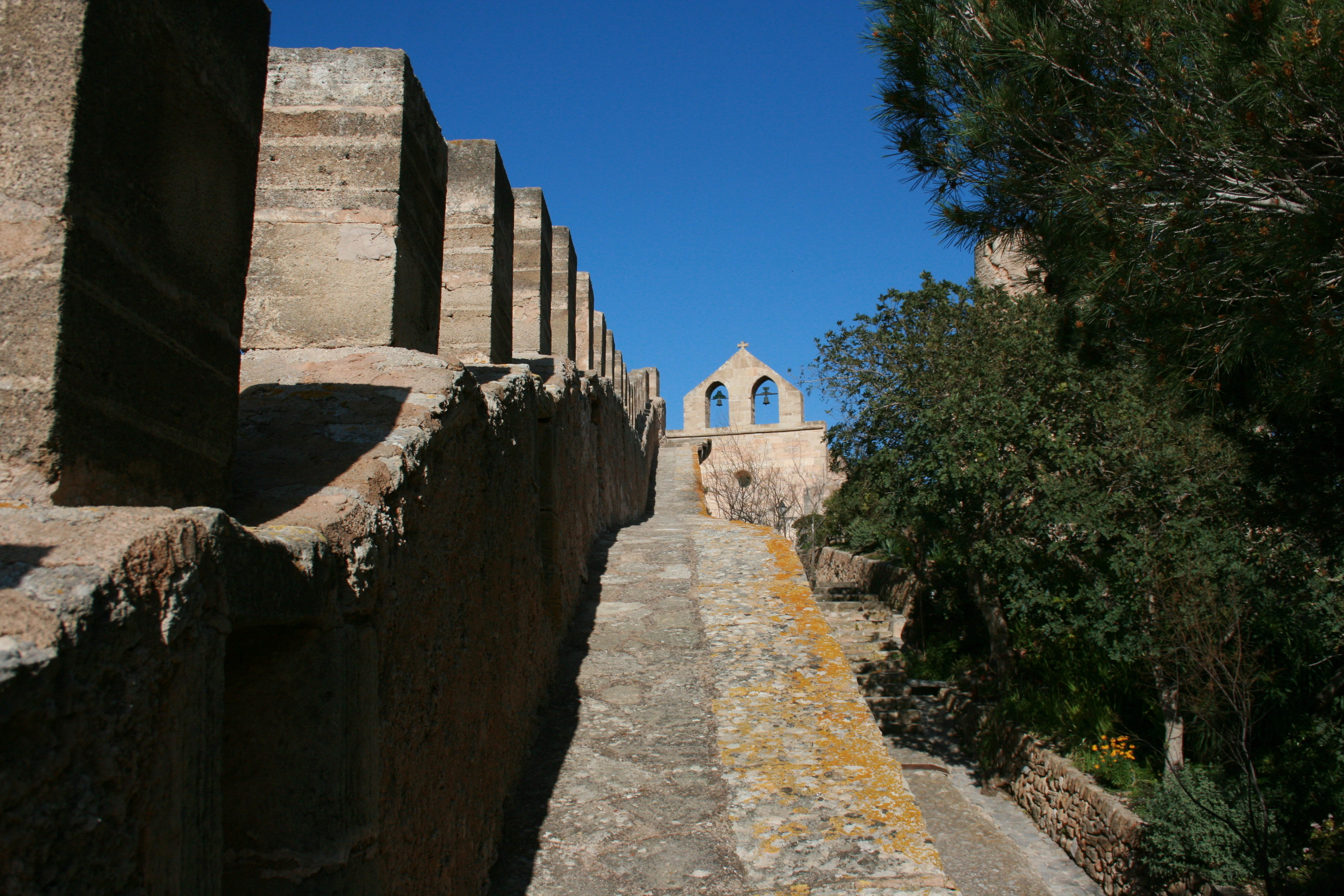 File:Capdepera - Castell de Capdepera - Nuestra Senyora 07 ies.jpg - Wikimedi...