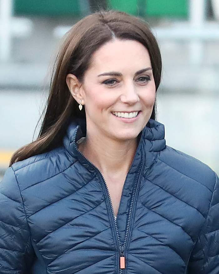 The 37-year old daughter of father Michael Middleton and mother Carole Goldsmith Kate Middleton in 2019 photo. Kate Middleton earned a  million dollar salary - leaving the net worth at 1 million in 2019