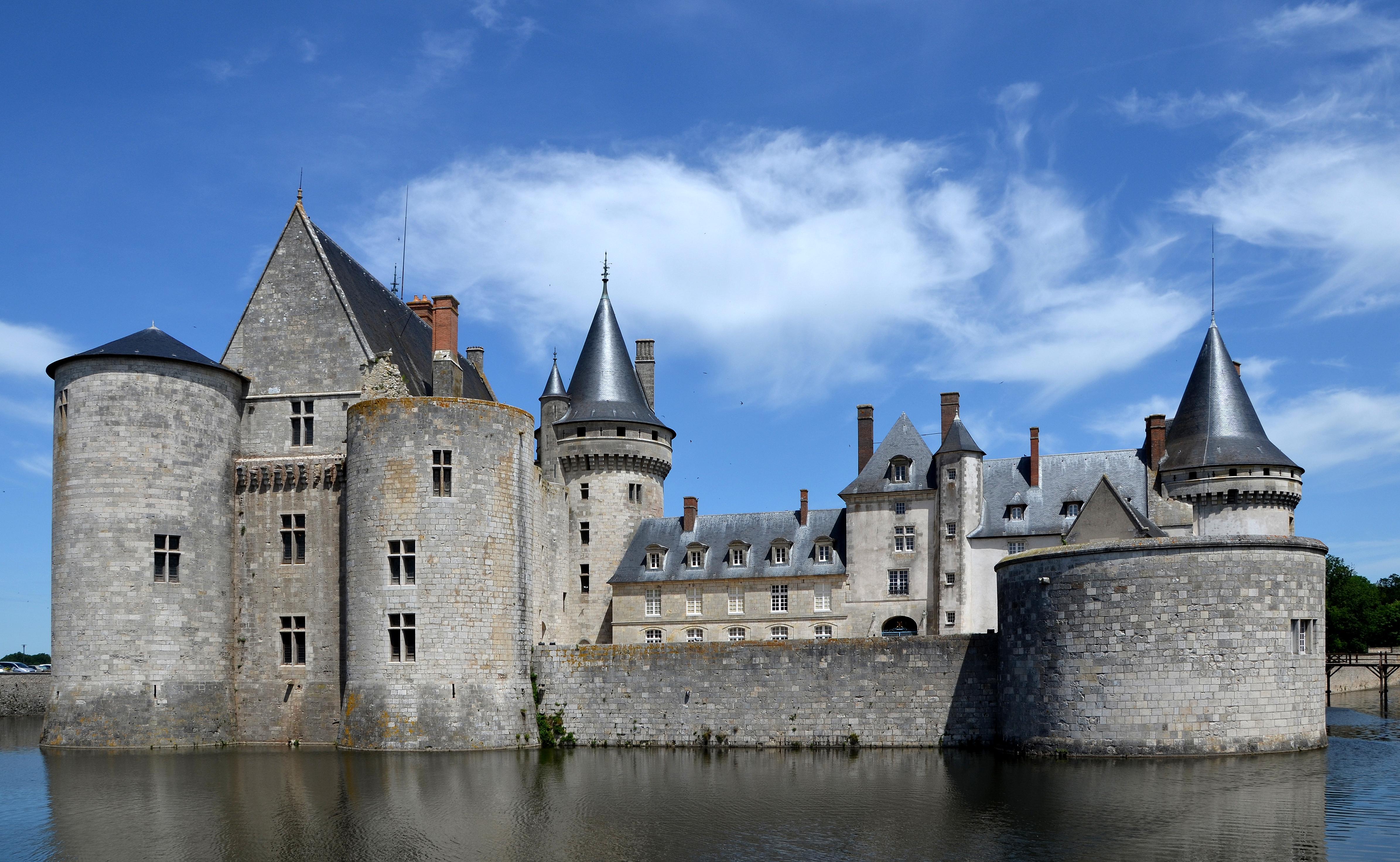 File chateau de sully sur loire dsc wikimedia for Clair logis sully sur loire