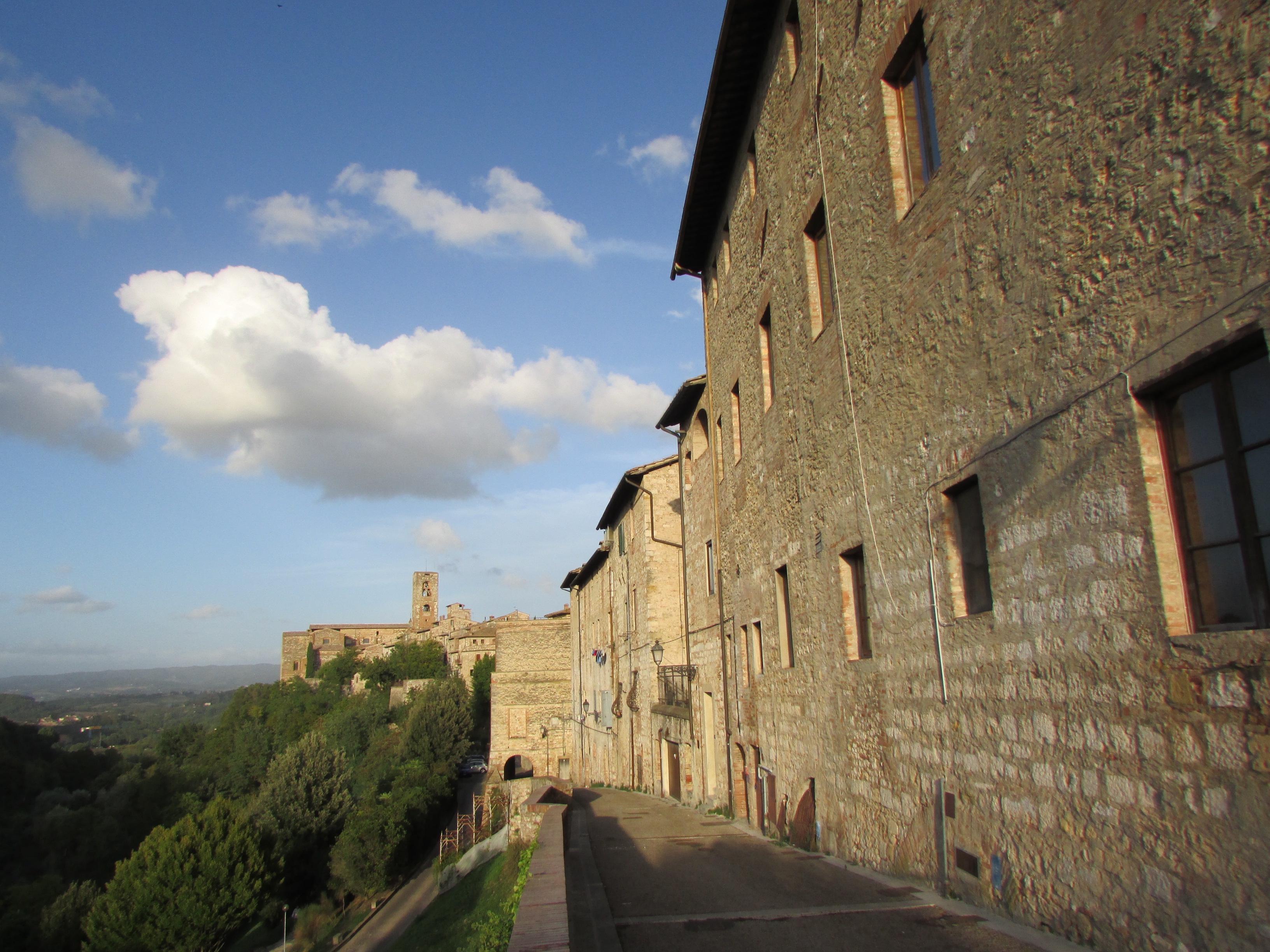 Colle Di Val Delsa Via Dietro Le Mura