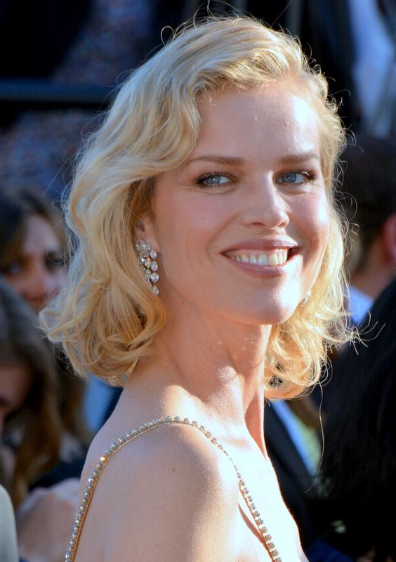 File Eva Herzigova Cannes 2017 2 Jpg Wikimedia Commons