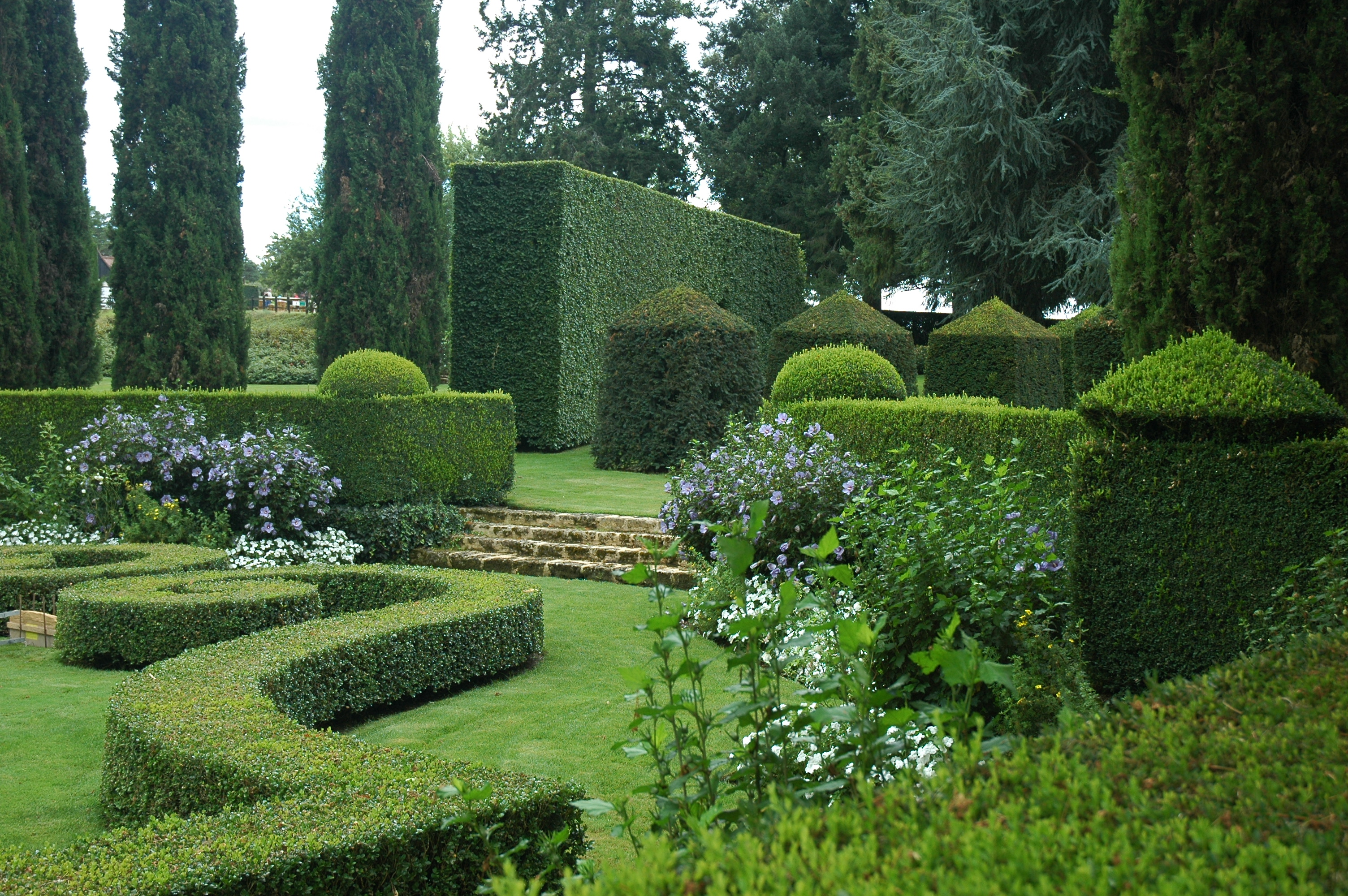 File france eyrignac jardin wikimedia commons for Le jardin de domont