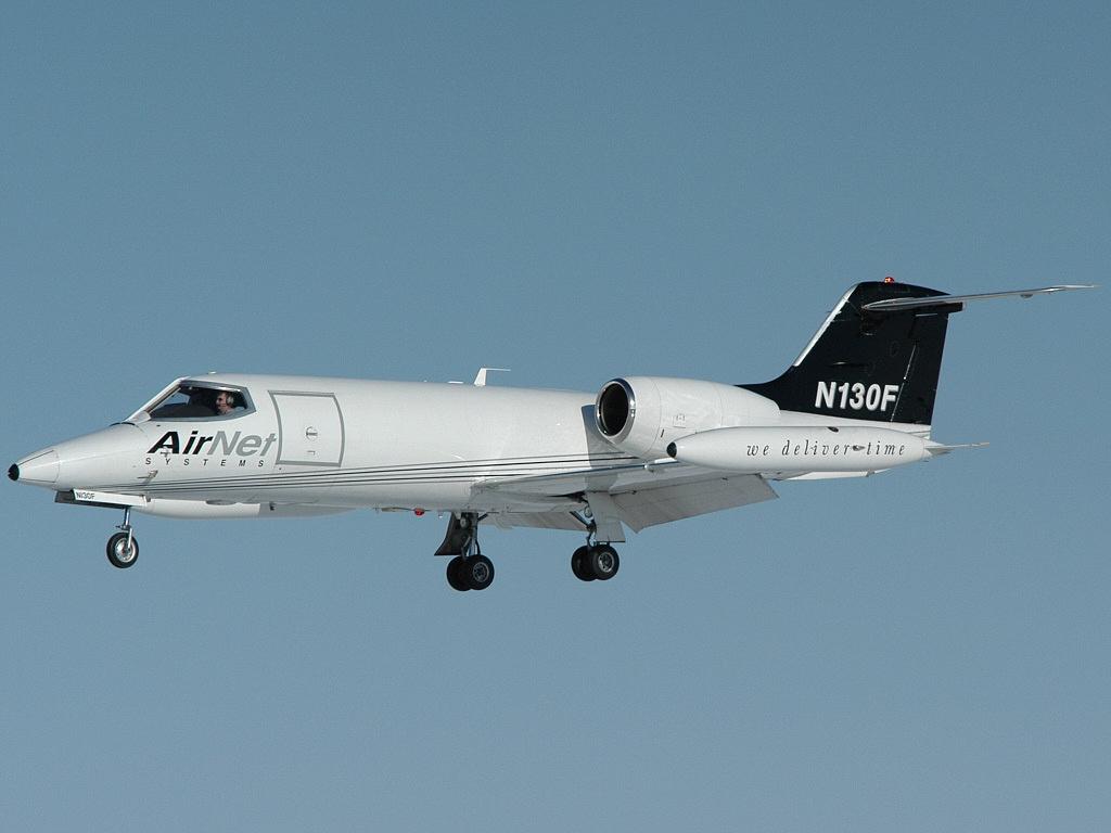 Gates Learjet 35, AirNet Systems AN1003788.jpg