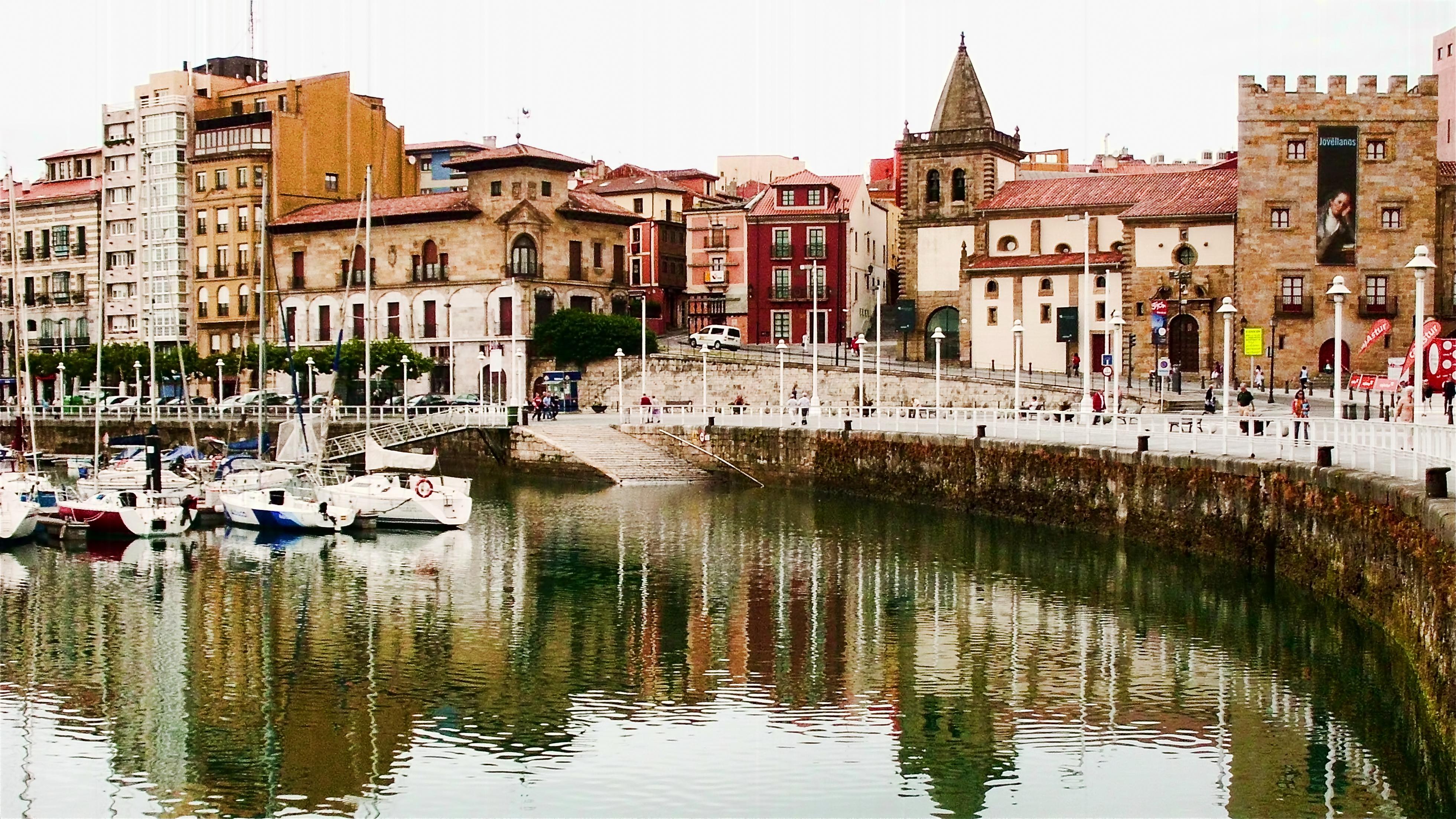 Archivo:Gijón, Asturias (5981647256).jpg - Wikipedia, la ...