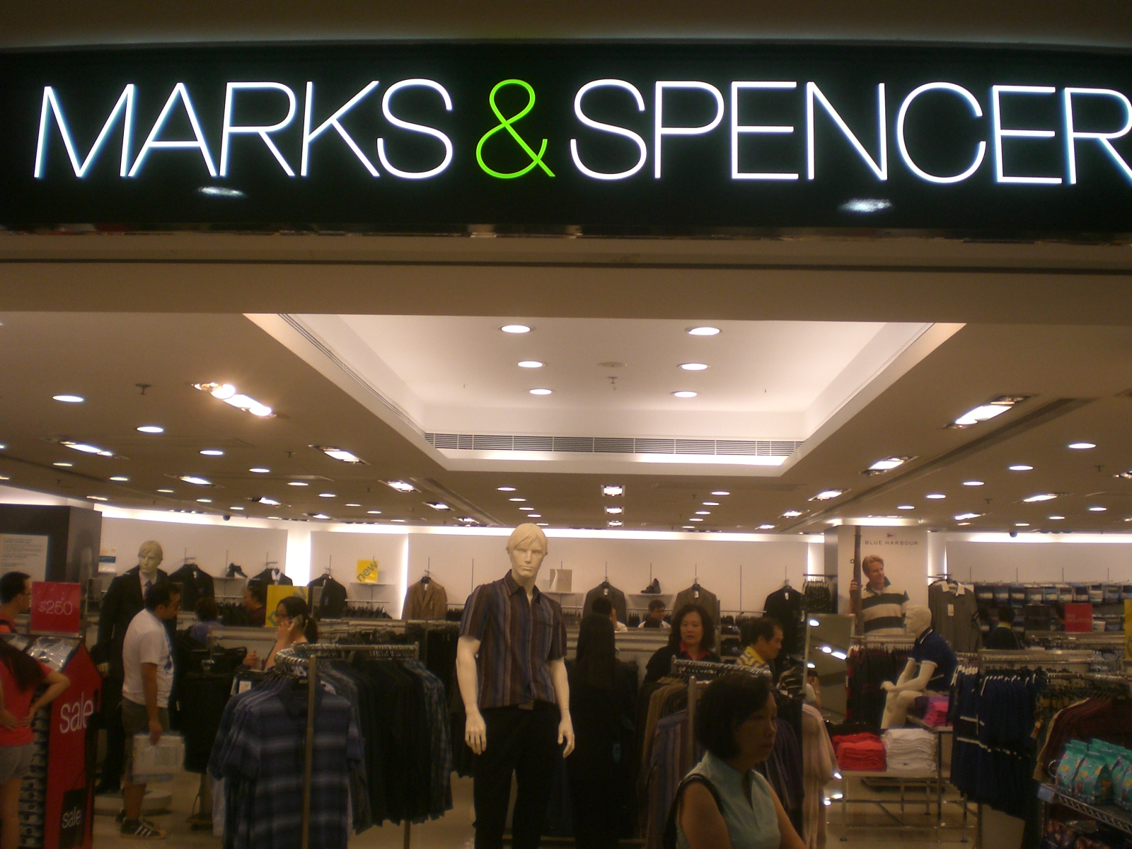 Marks Amp Spencer Racks Up A Billion Sustainable Products