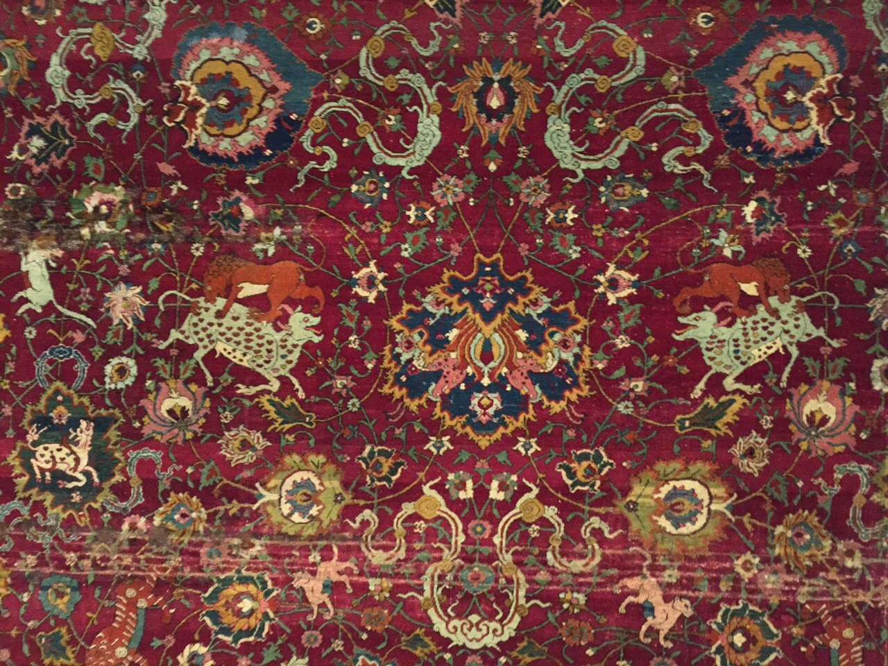 File Hamburg Mkg Safavid Animal Carpet Jpg Wikimedia Commons