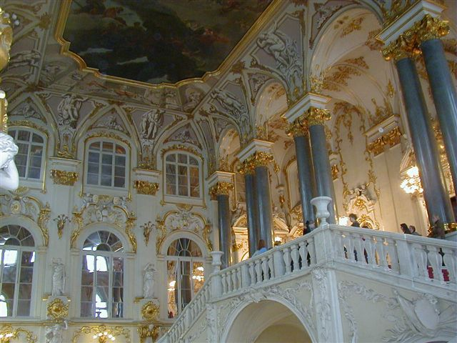 http://upload.wikimedia.org/wikipedia/commons/e/ea/Hermitage_St._Petersburg_Interior_20021009.jpg