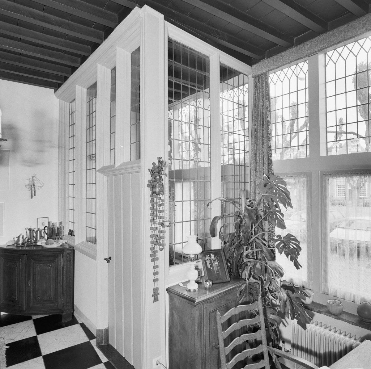 File interieur glazen hal in woonkamer zijaanzicht geertruidenberg 20321475 - Interieur woonkamer ...