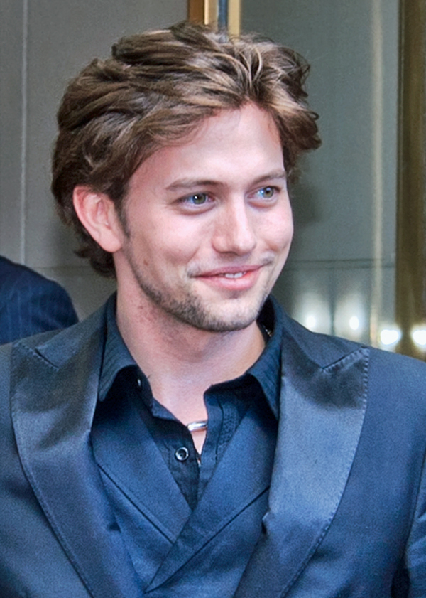 The 33-year old son of father Randee Lynn Rathbone IV and mother Monroe Jackson Rathbone  Jackson Rathbone in 2018 photo. Jackson Rathbone earned a  million dollar salary - leaving the net worth at 6 million in 2018