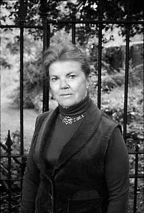 Aiken at The Hermitage, her home, in 1984
