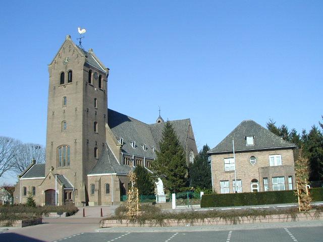 Bestand:KerkPastorieSint-Jozefparochie.jpg