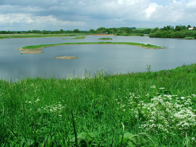 Kingsbury Water Park - geograph.org.uk - 335232