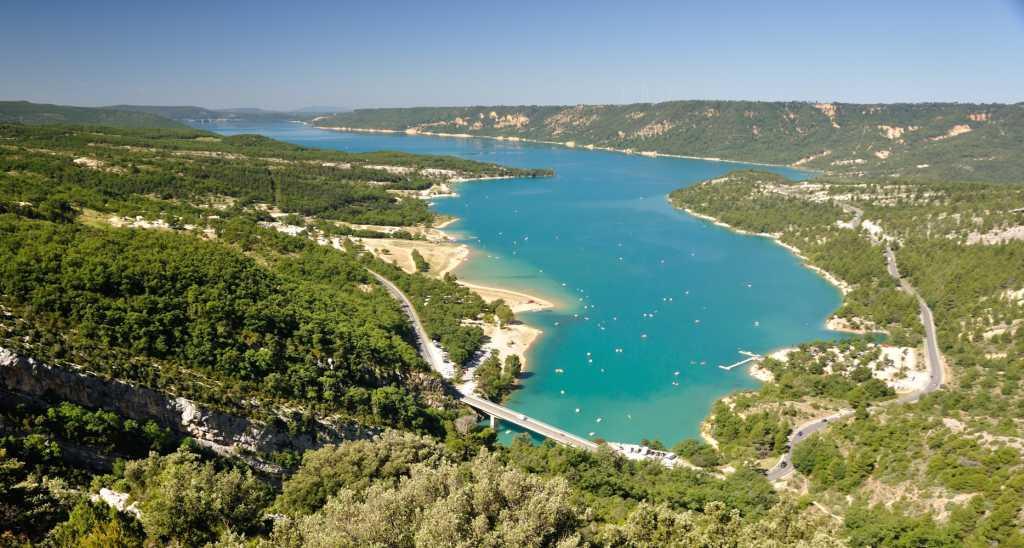 Lac de sainte croix reisef hrer auf wikivoyage - Office du tourisme les salles sur verdon ...