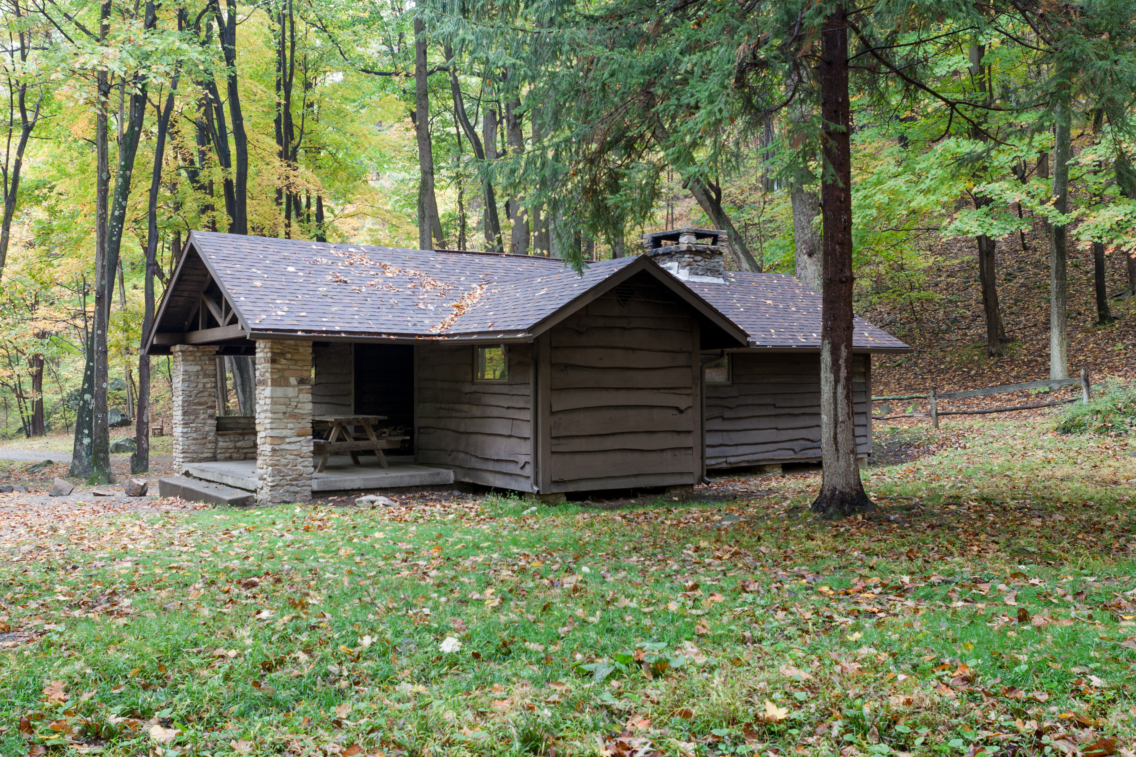 file linn run state park family cabin district cabin 10