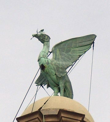 File:Liver Bird, Liverpool.jpg
