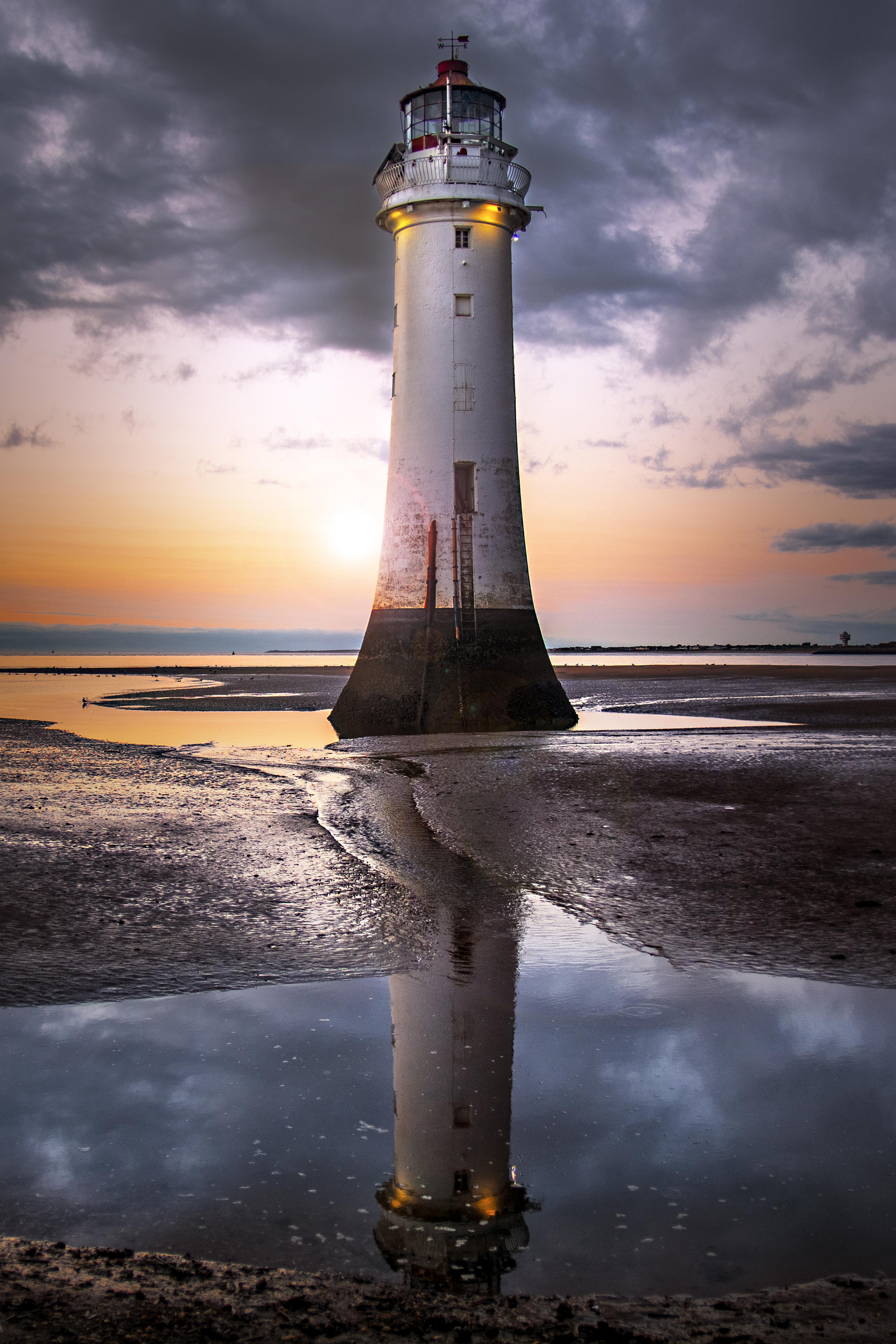 File New Brighton Lighthouse Reflection Jpg Wikimedia Commons