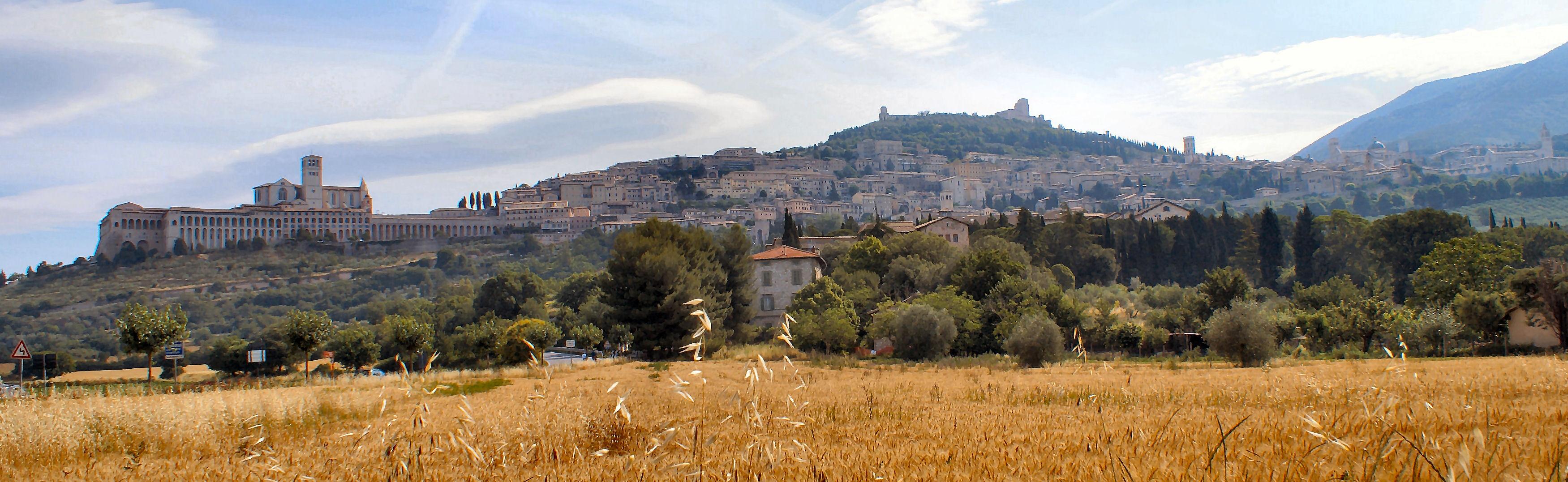 Panorama-Assisi.jpg