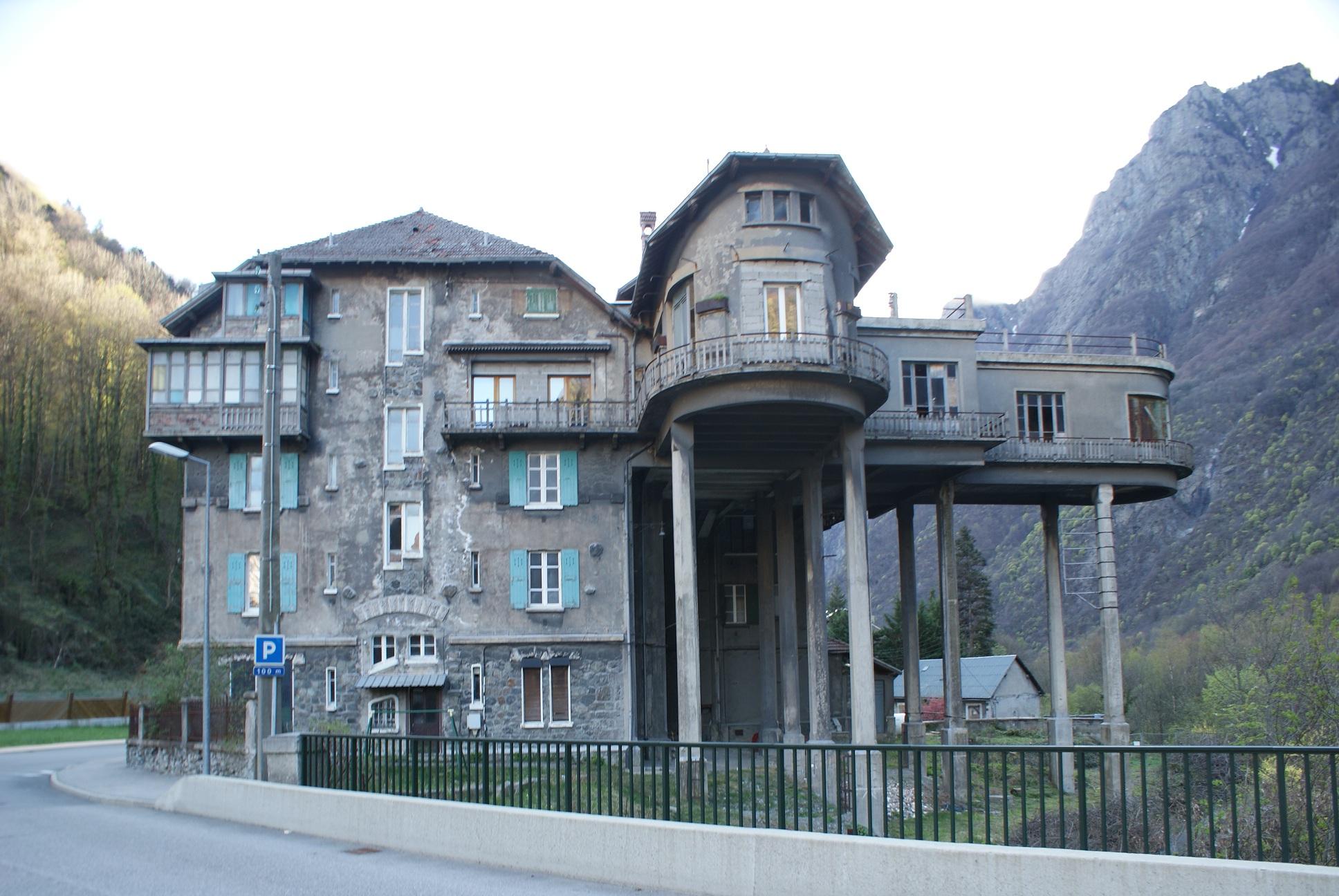 Pavillon Keller \u2014 Wikipédia