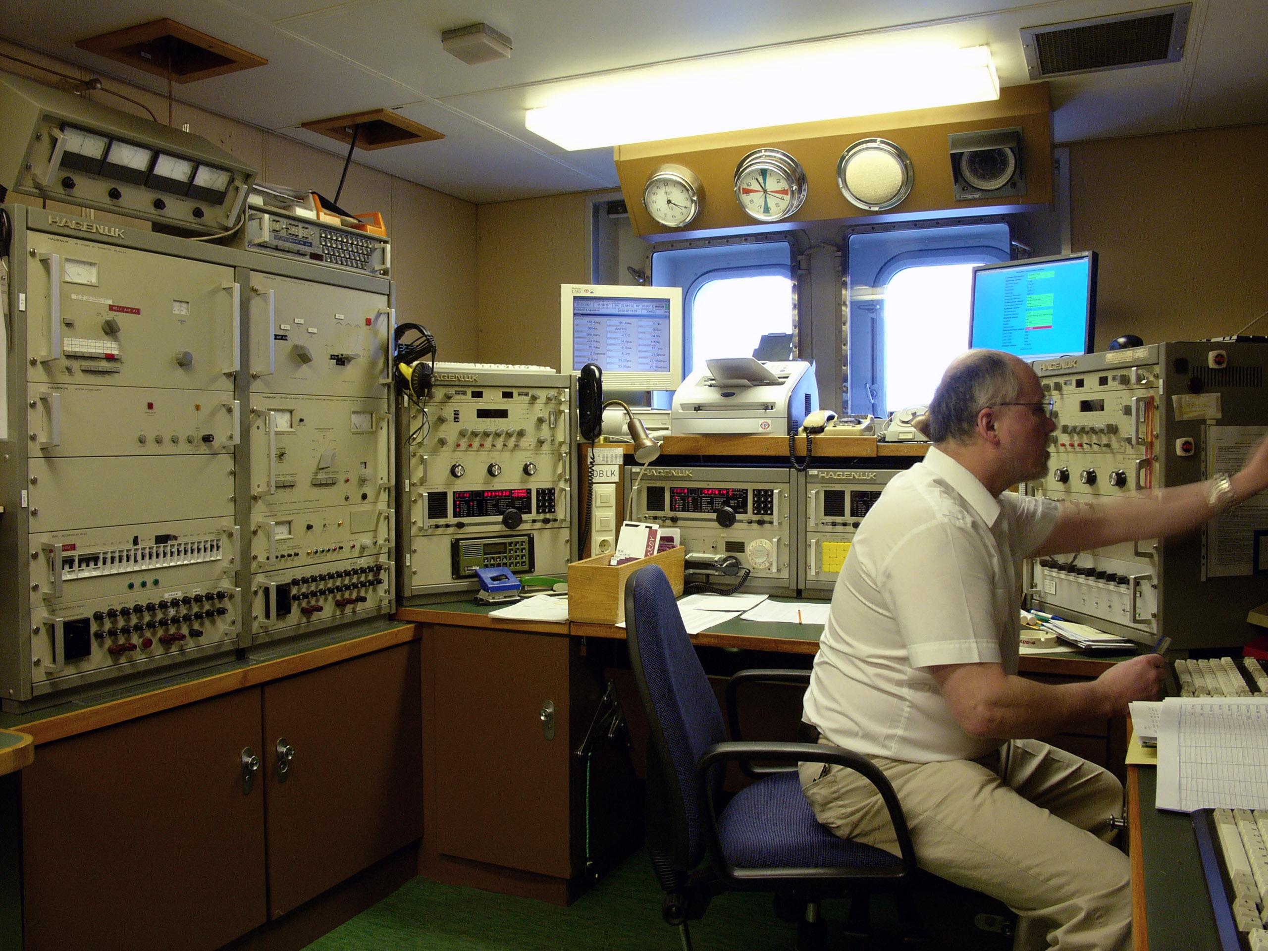 Ship station - Wikipedia