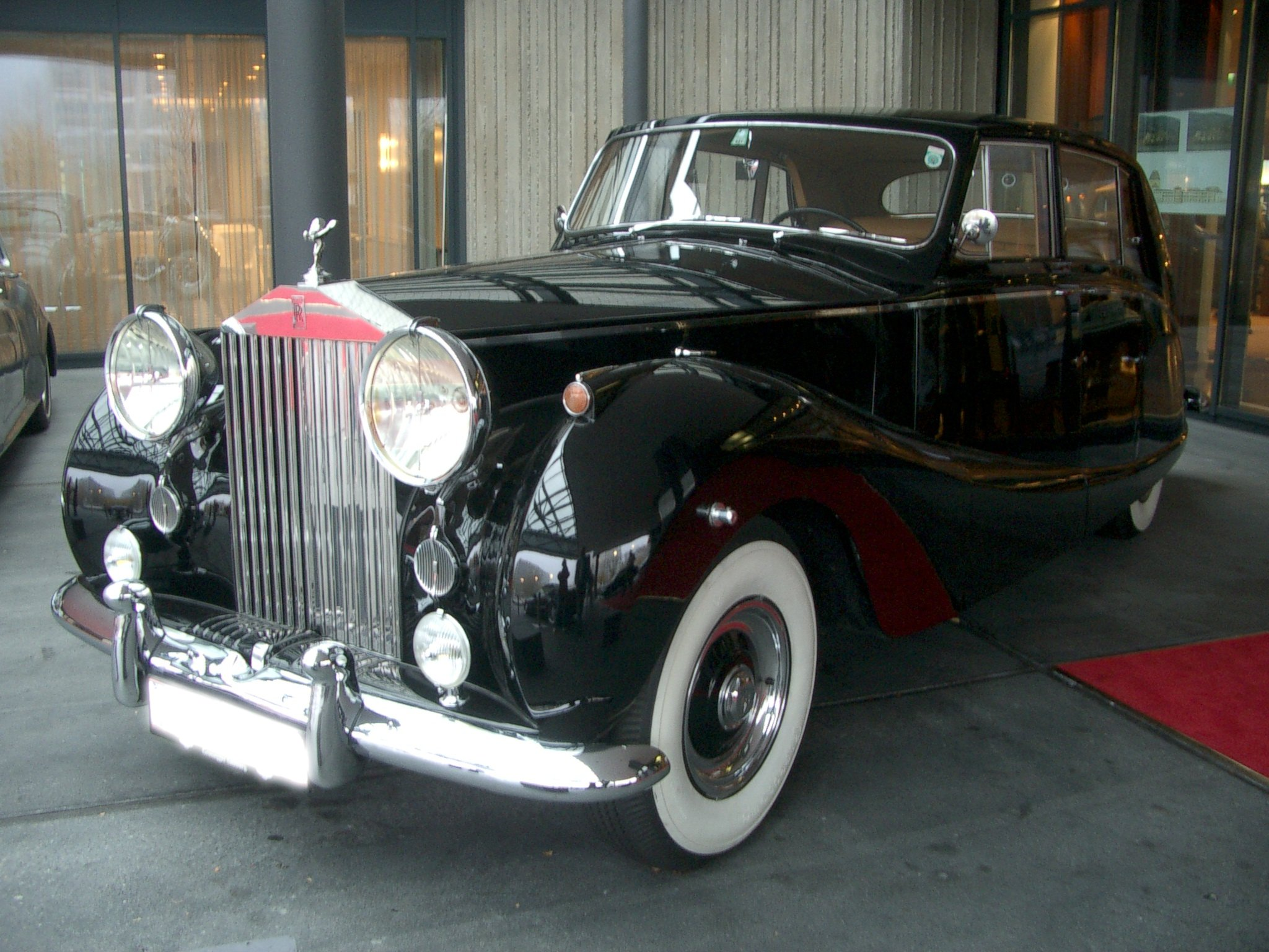 Rolls Royce Car Price In India