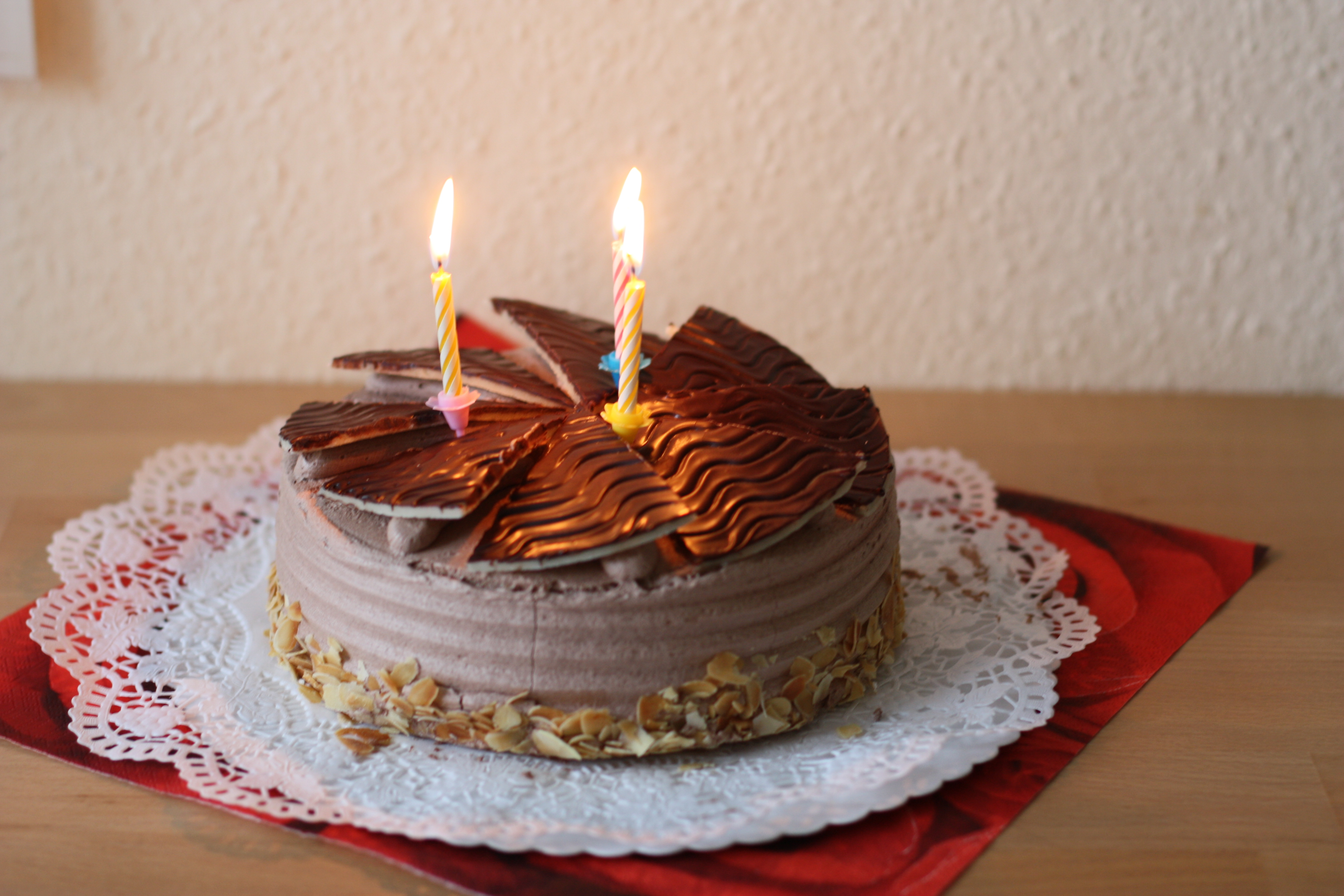 File Schokoladentorte Buttercreme Tulpen Dritter Geburtstag 002 Jpg