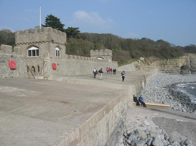 File:Sea Wall at St.Donat's Castle, Vale of Glamorgan. - geograph.org.uk - 386849.jpg