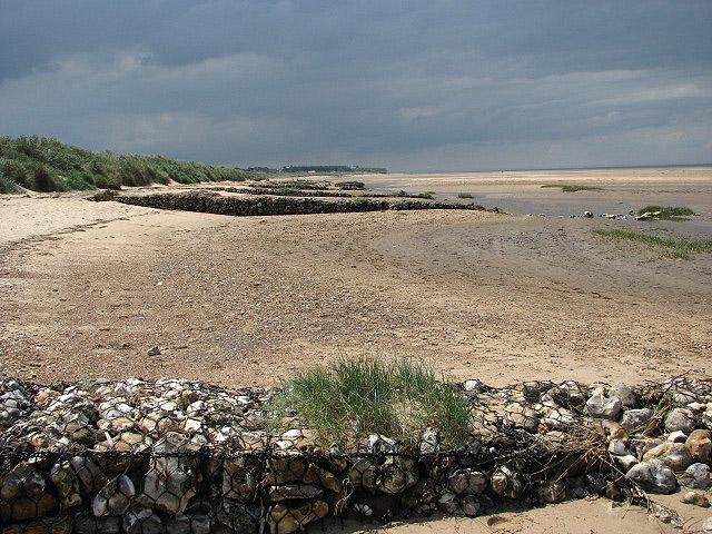 Sea defences - geograph.org.uk - 832718