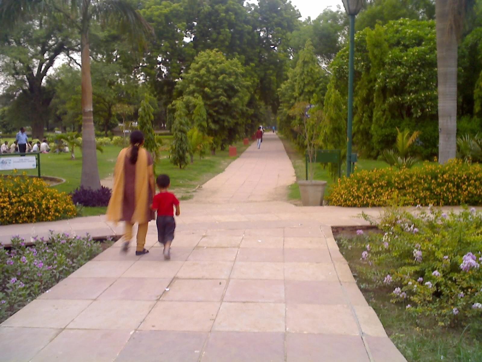 Talkatora_garden_new_delhi_07.jpg (1600×1200)