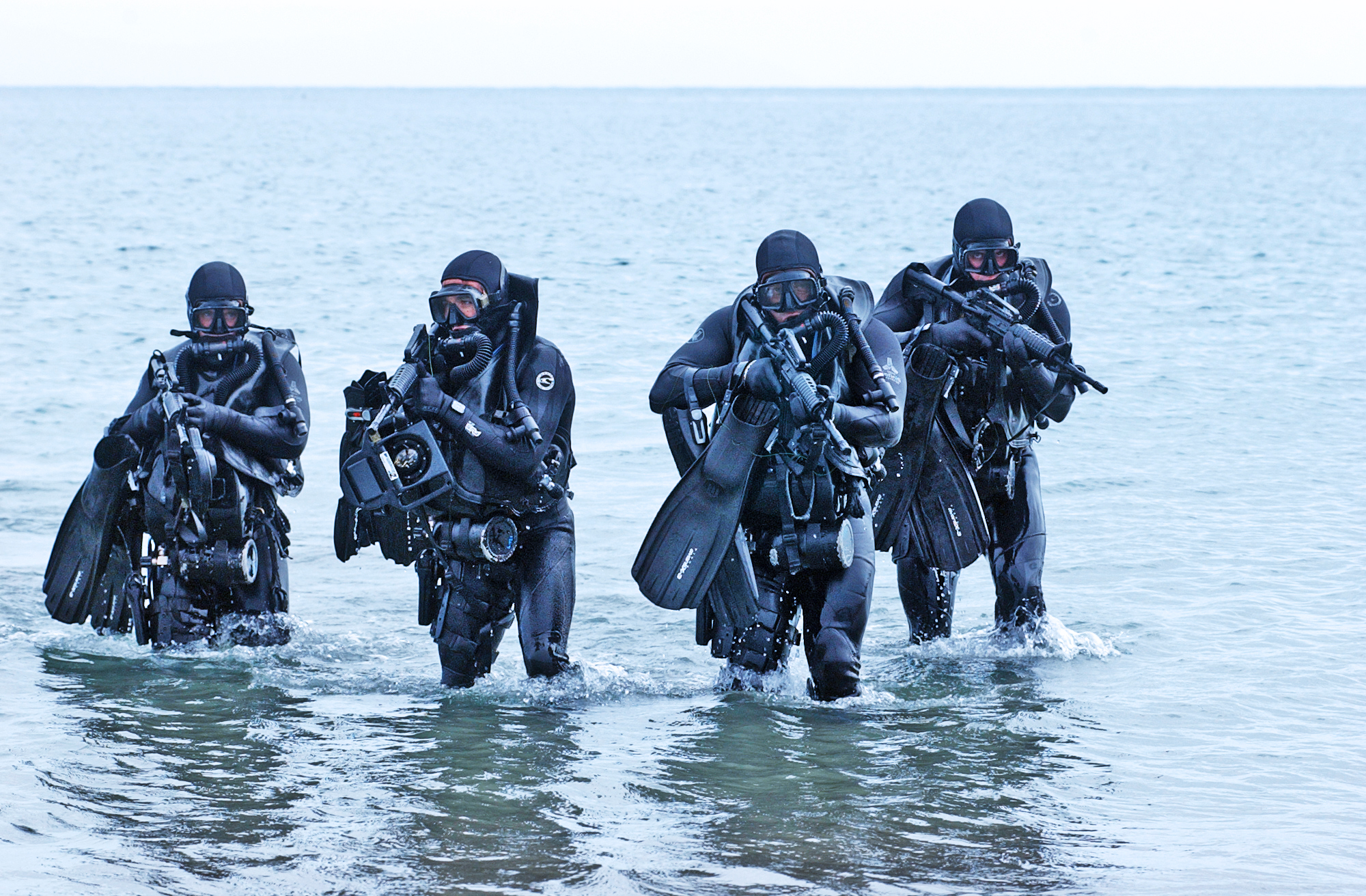 Molto File:United States Navy SEALs 525.jpg - Wikimedia Commons XU96