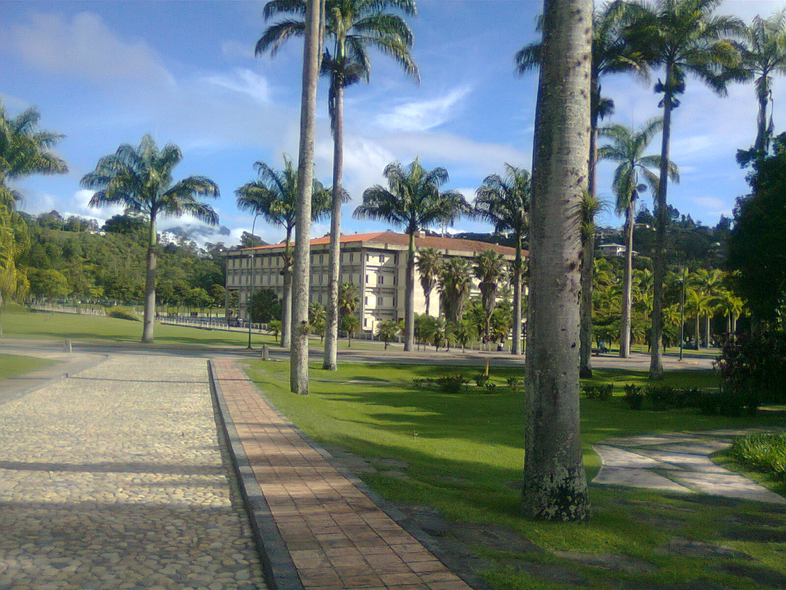 File:Universidad Simon Bolivar- Caracas.jpg - Wikimedia Commons