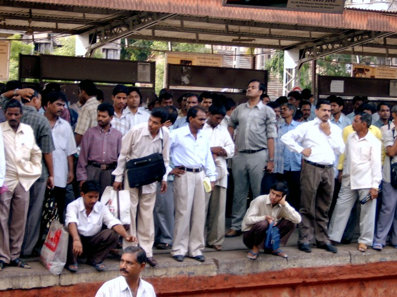 File:Waiting for a train.jpg