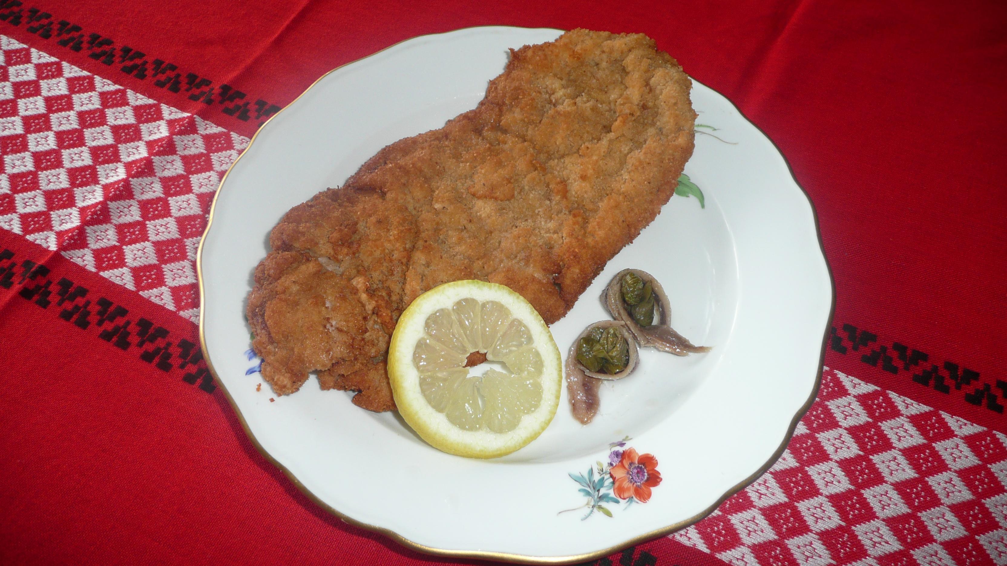Wiener Schnitzel Wiki file wiener schnitzel mit sardelle und kapern 2 jpg wikimedia commons