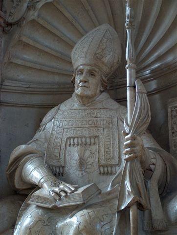 Willibald-Statue von Loy Hering im Dom