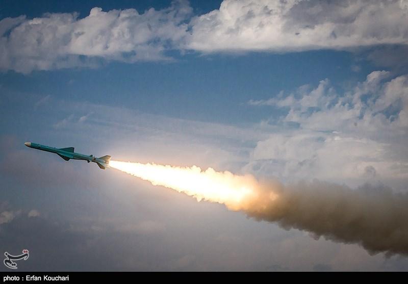 شلیک موشک کروز نور توسط یگان ساحلی نداجا از سواحل مکران (11).jpg