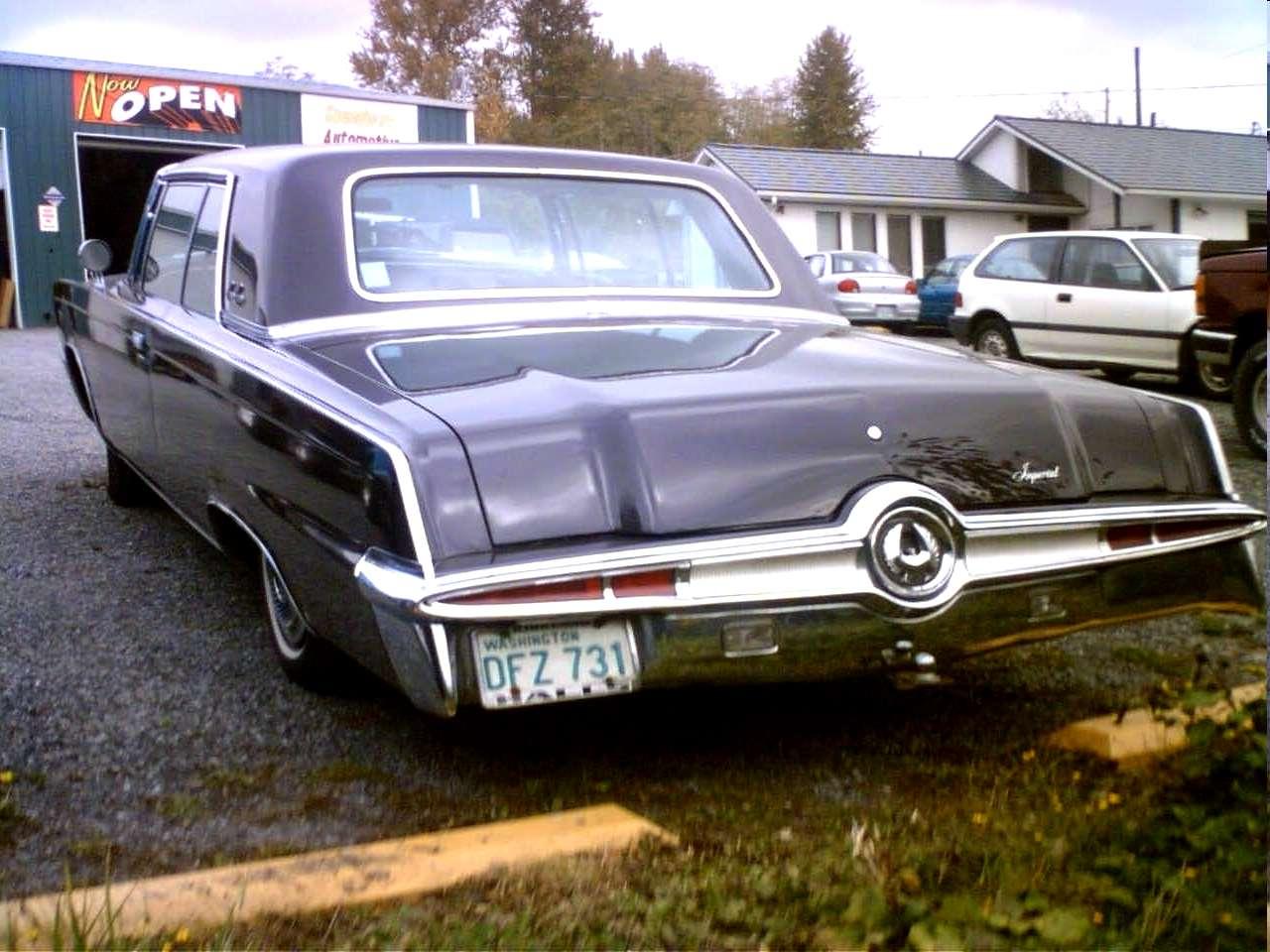 Rear emblem chrysler 300 #1