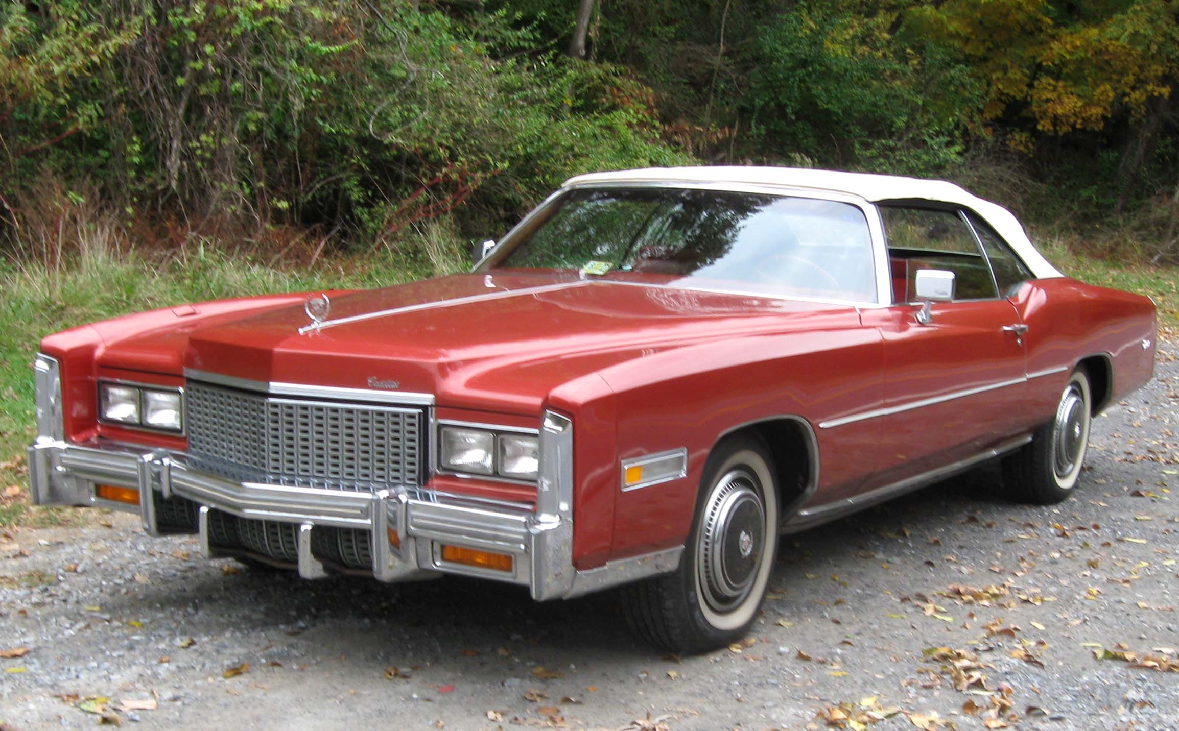 http://upload.wikimedia.org/wikipedia/commons/e/eb/1976_Cadillac_Eldorado_convertible_3_--_10-23-2009.jpg