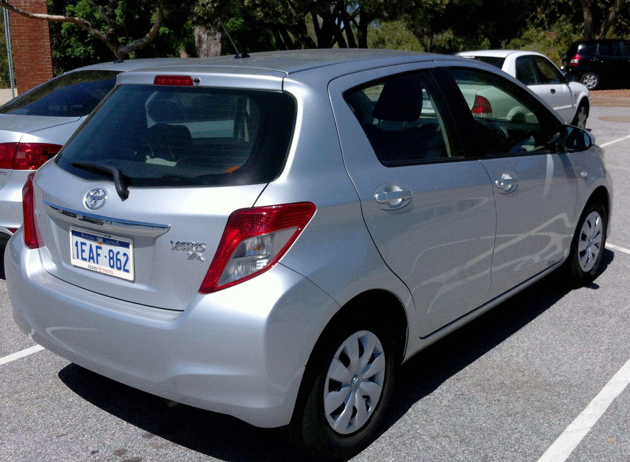 Kelebihan Kekurangan Toyota Yaris 2012 Murah Berkualitas