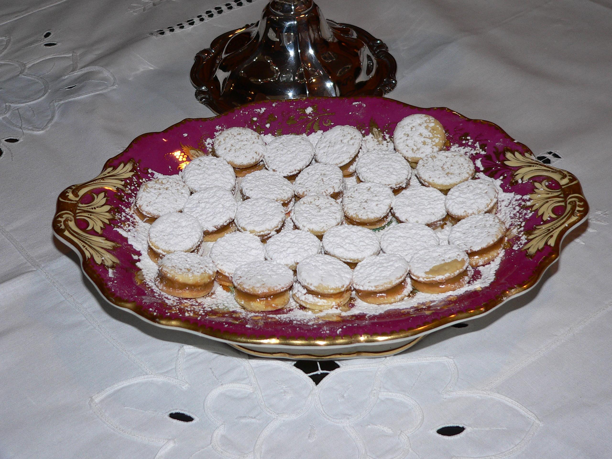 File:Alfajores.JPG - Wikipedia