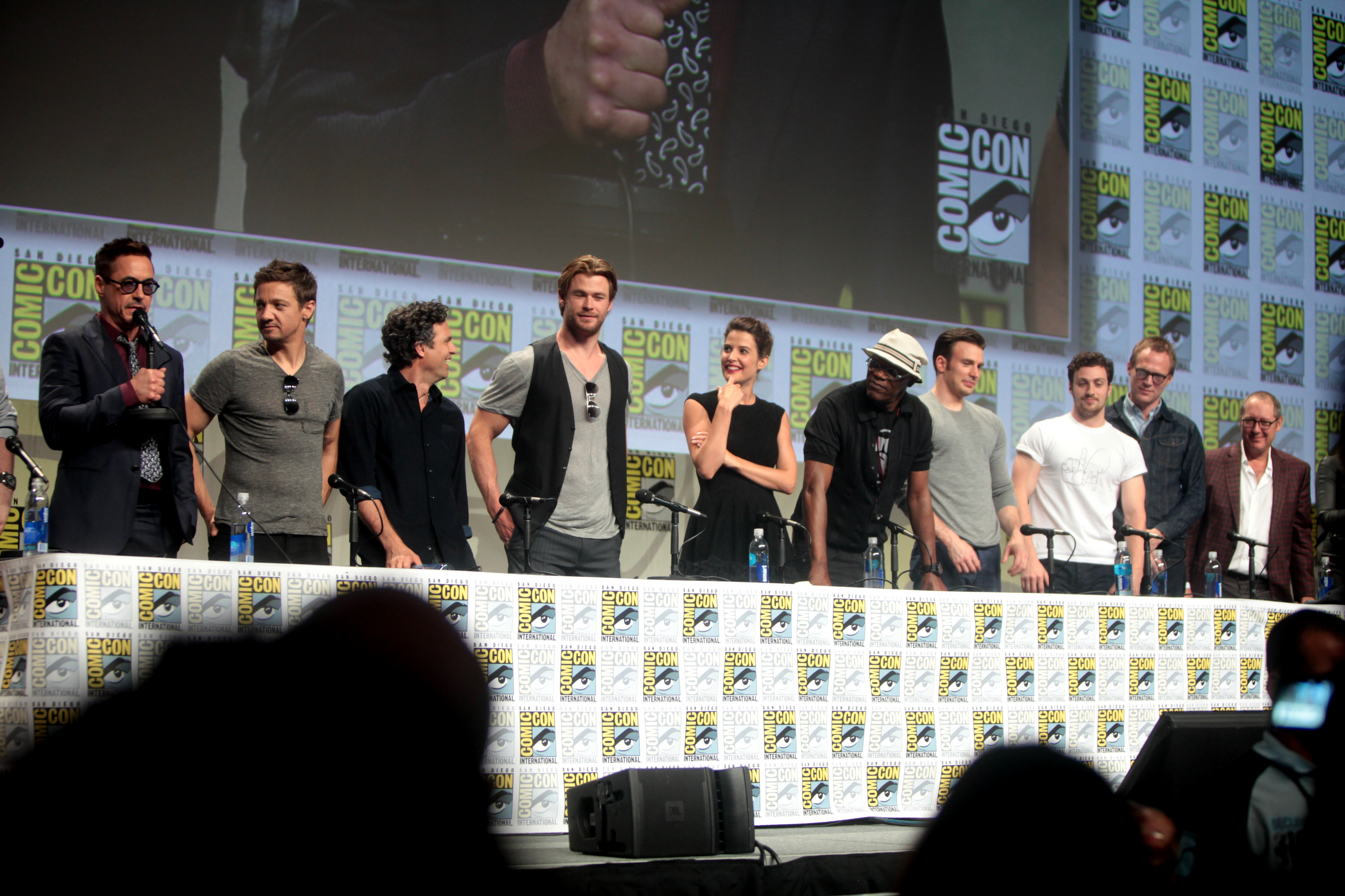File avengers age of ultron sdcc 2014 panel jpg wikimedia commons