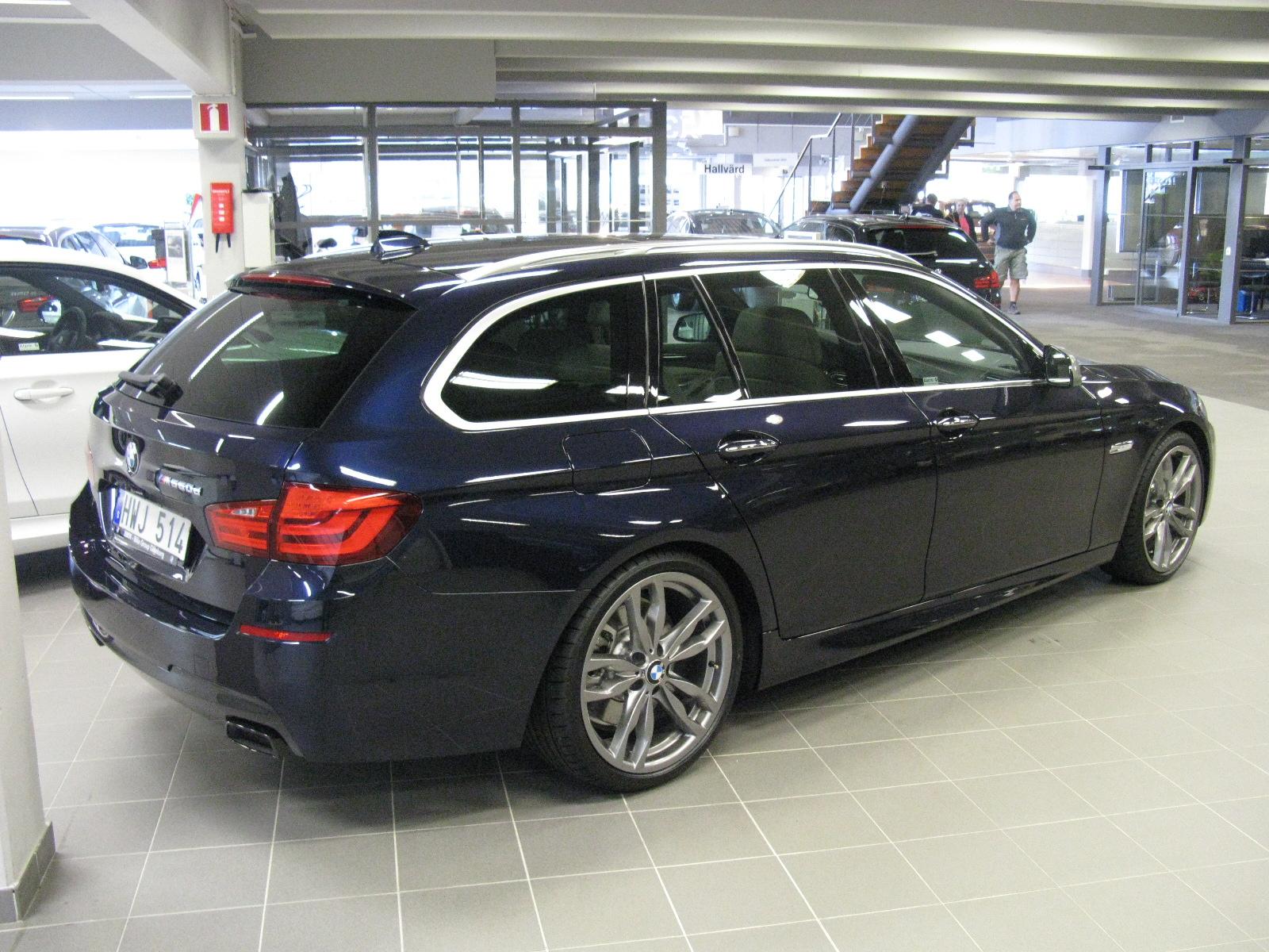 File:BMW M550d X Drive Touring F11 (7309163646).jpg ...