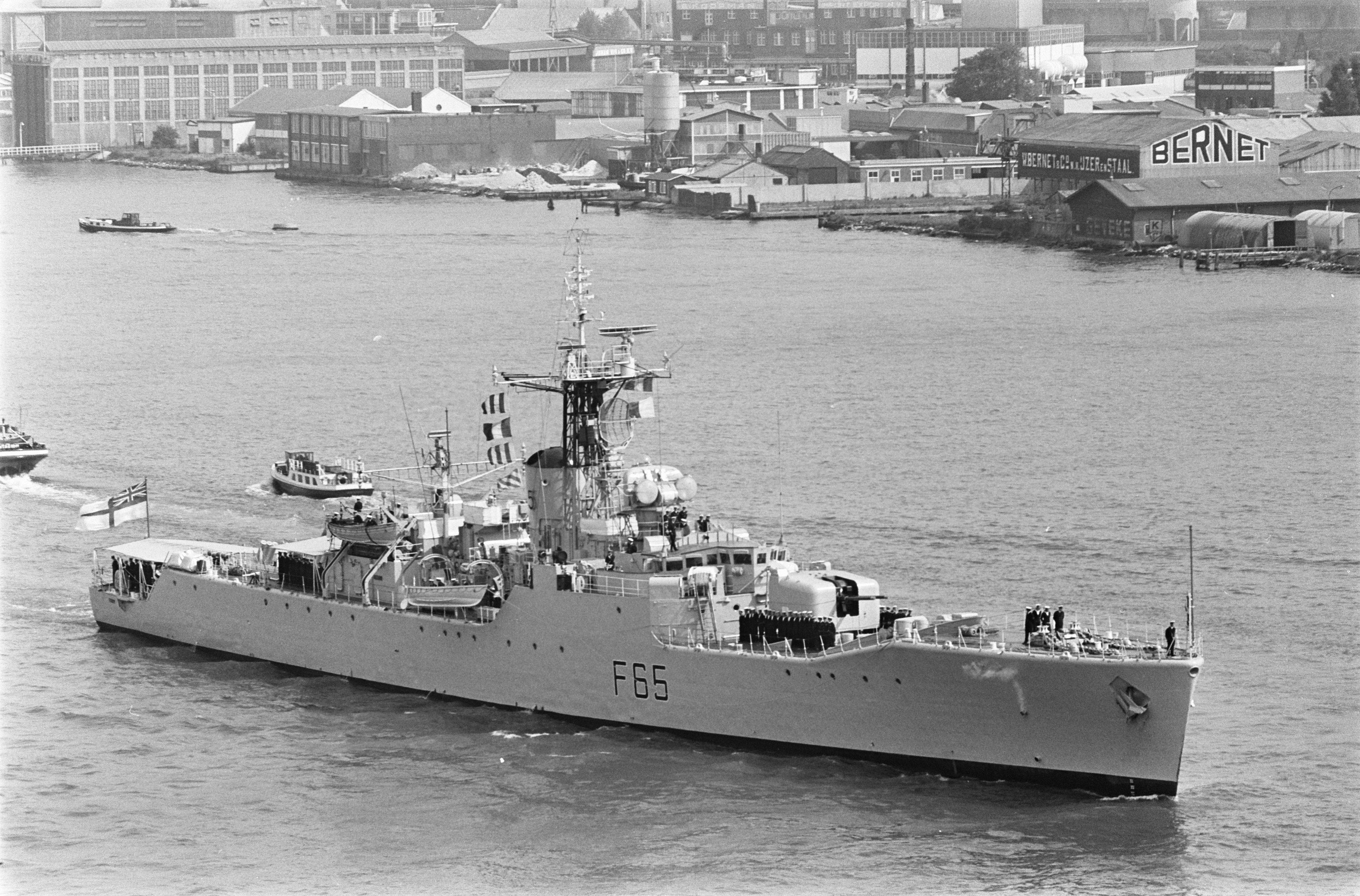 HMS Tenby (F65) - Wikipedia