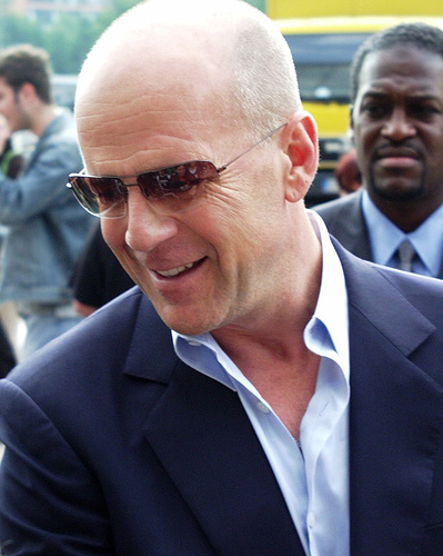Bruce_willis_cinedom