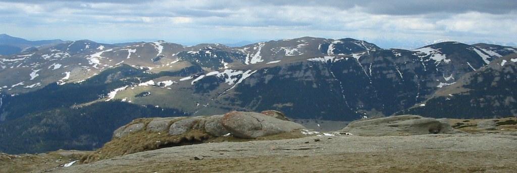 Fişier:Bucegi Mountains.jpg