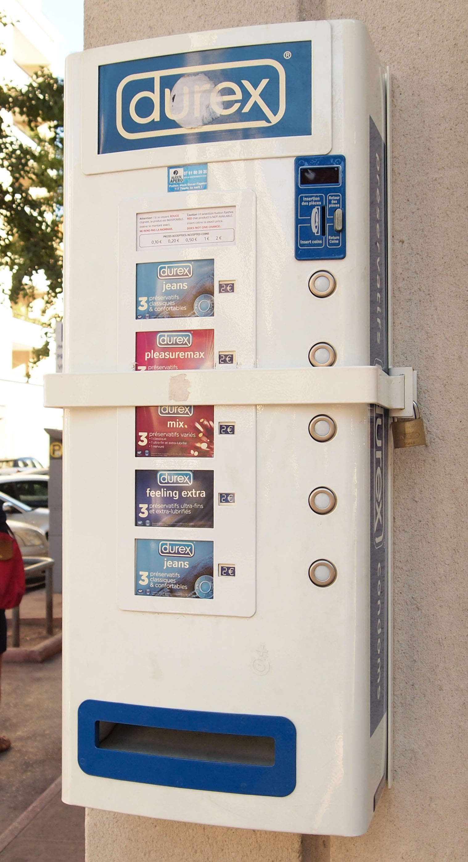 condom dispenser in highschool But the keplero high school vowed thursday to go ahead with its experiment appeared divided thursday about whether condom dispensers in their school were useful.