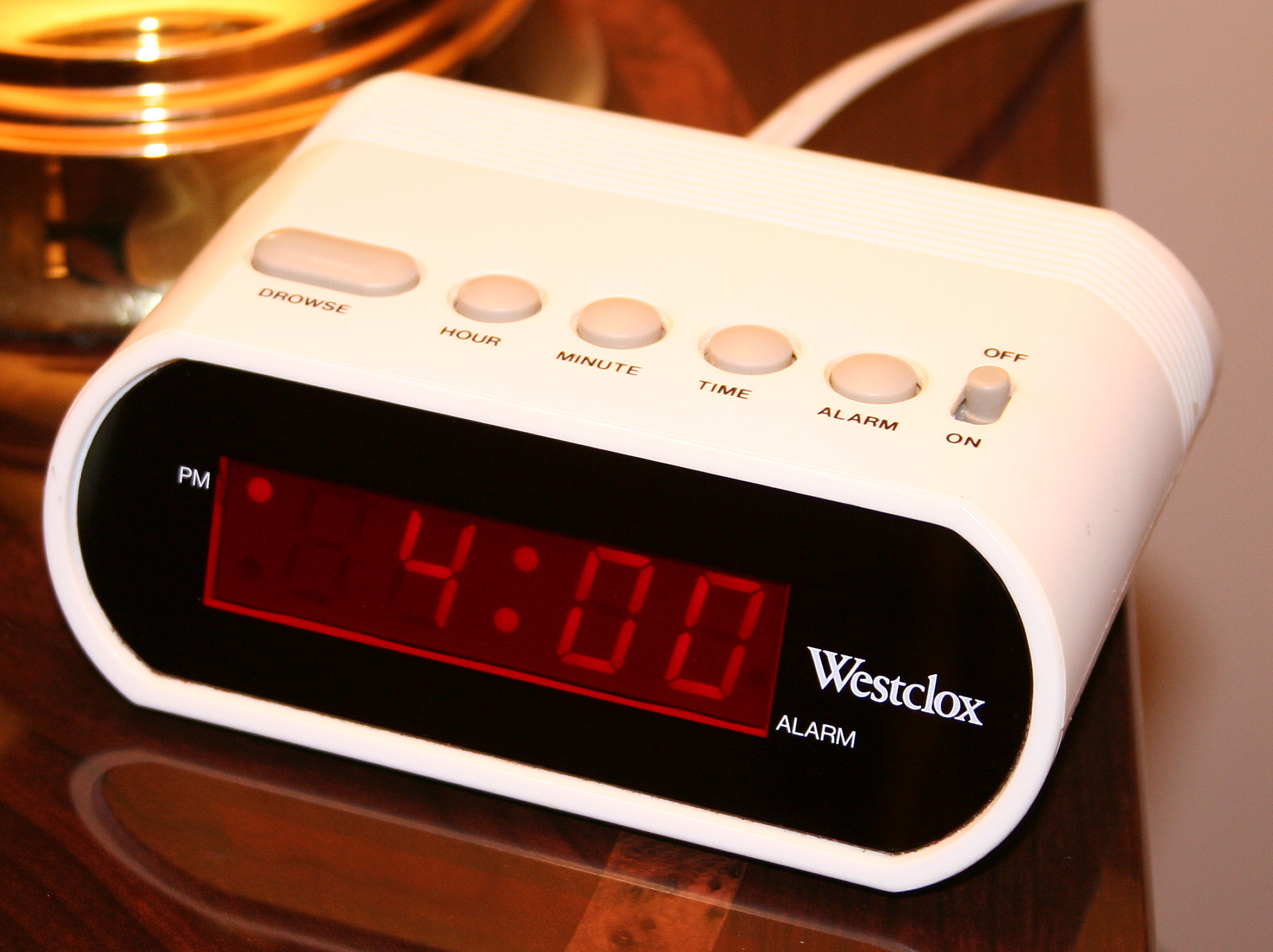 File:Digital-clock-alarm.jpg - Wikipedia, the free encyclopedia