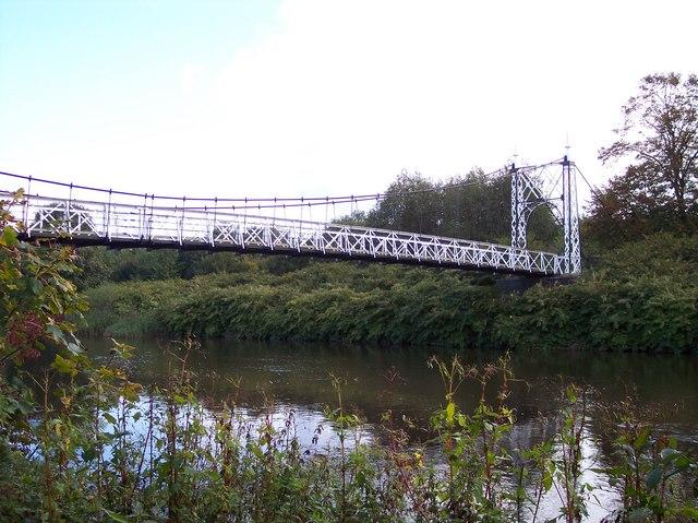 Footbridge over River Mersey - geograph.org.uk - 1009592