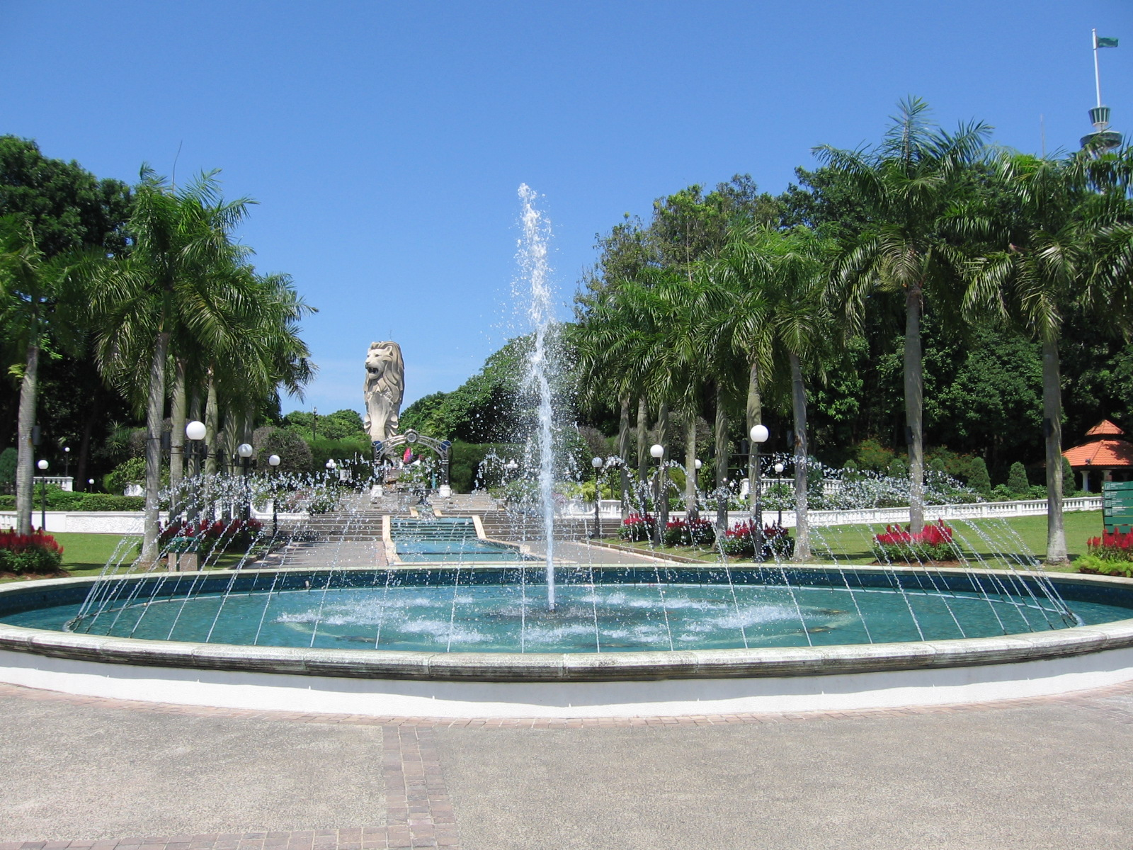 File:Fountain Gardens 5, Sentosa, Aug 06.JPG