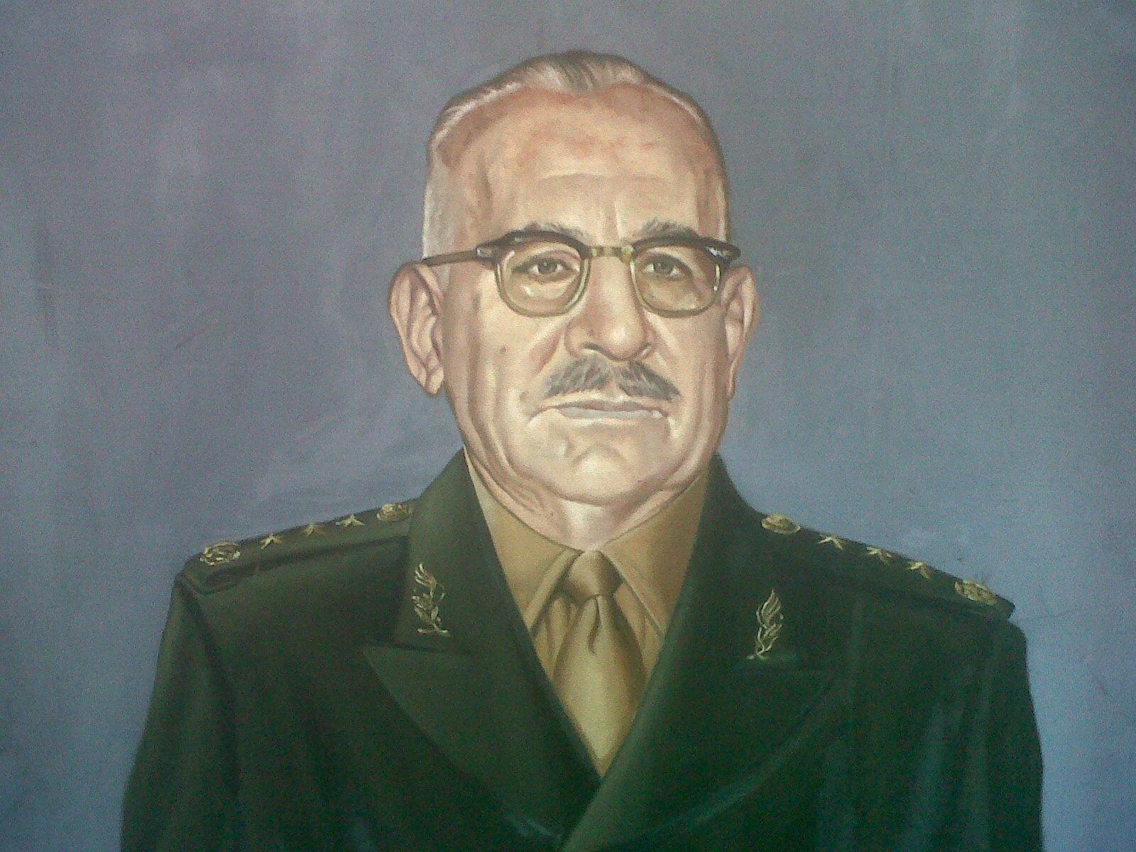 File:Gral. de Div. Agustín Olachea Avilés.jpg - Wikimedia Commons